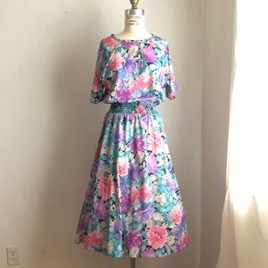 Vintage dress fit and flare floral romantic large
